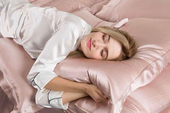 ¿Por qué comprar una funda de almohada de seda?
