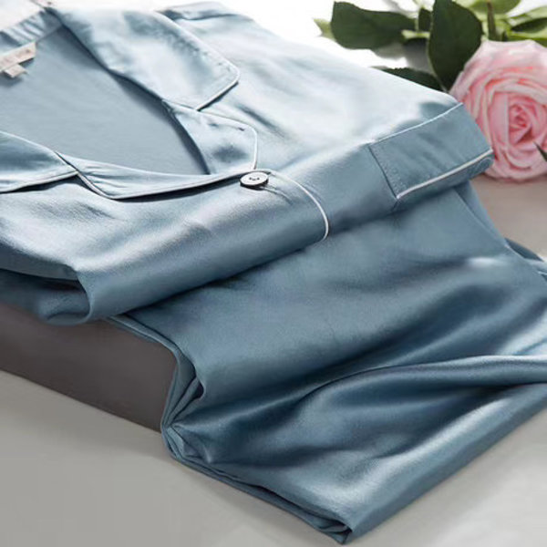 Women's silk pyjama set