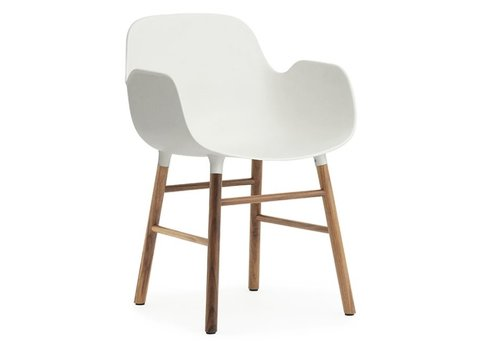 Normann Copenhagen Form armchair walnoot