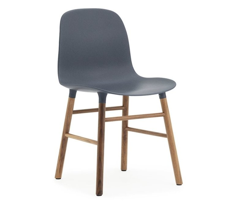 Form chair stoel walnoot