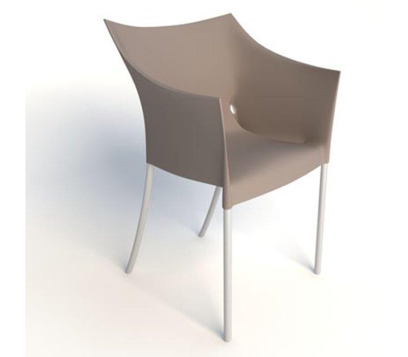 Dr. No chaise avec accoudoirs