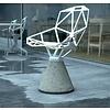 Magis Chair one stoel met sokkel in cement