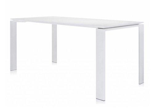 Kartell-designstoelen Table Four bureau