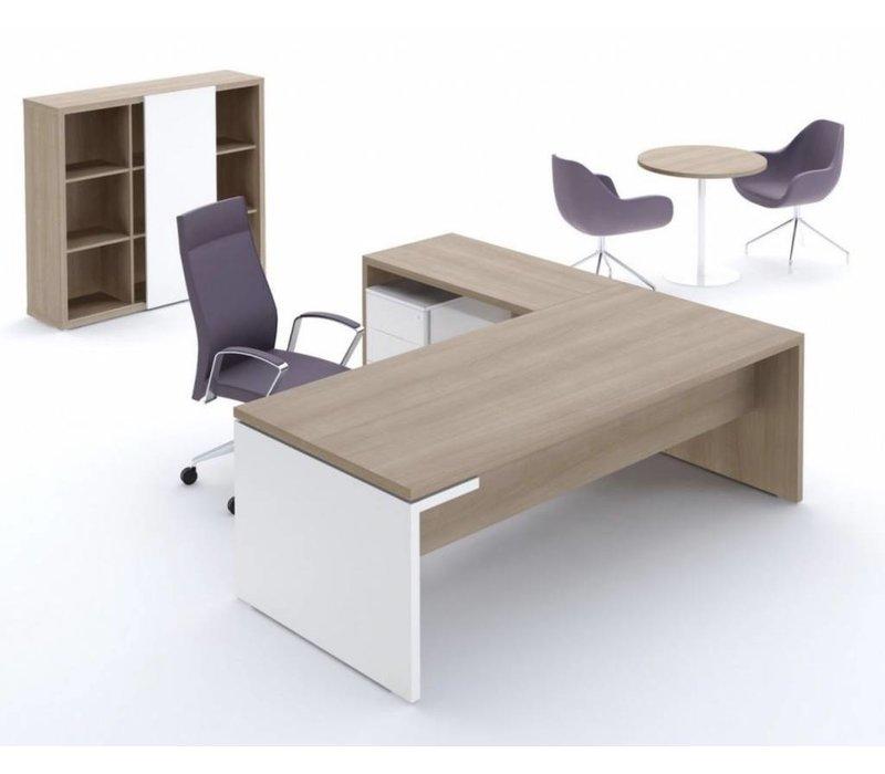 Mito bureau met aanbouw