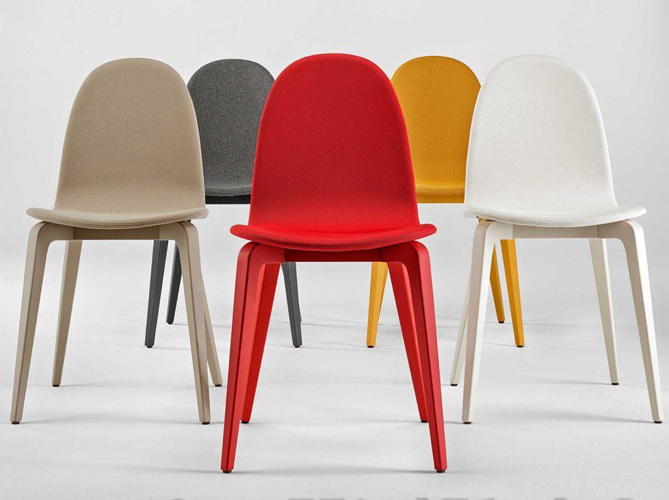 Houten stoelen met design van brand new office bvba brand new office