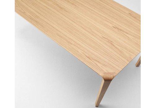 Ondarreta Silu table en bois chêne coloré