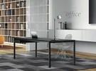 Minimum glazen bureau
