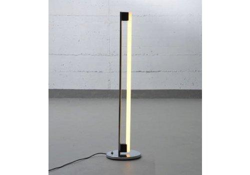 Tube light lampadaire