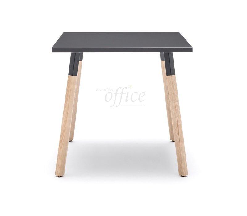 Ogi Wood bijzettafel vierkant
