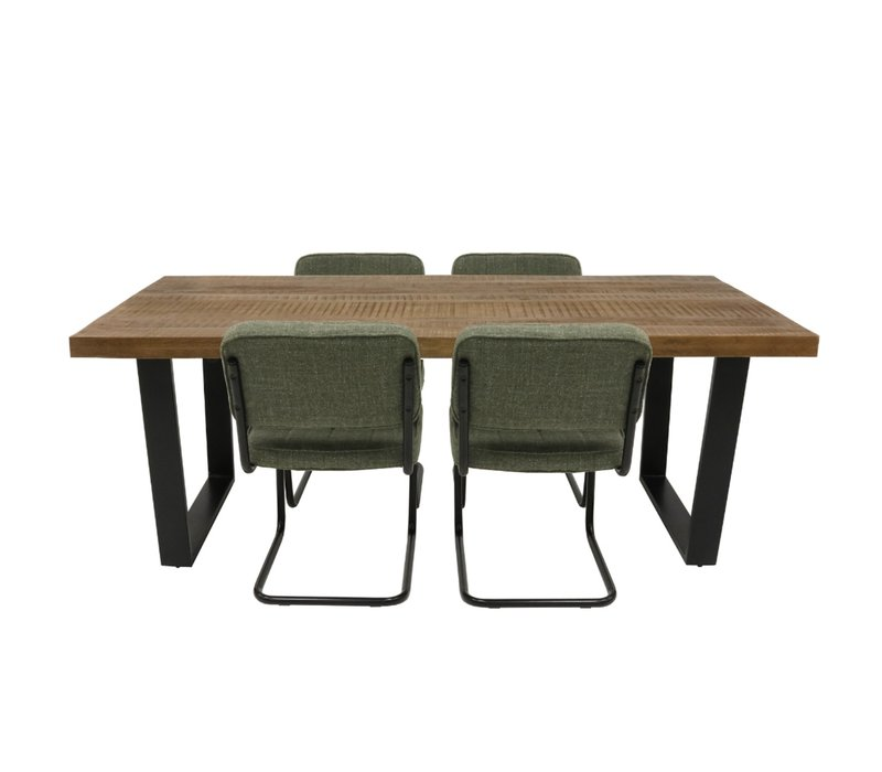 Yves hippe stoel