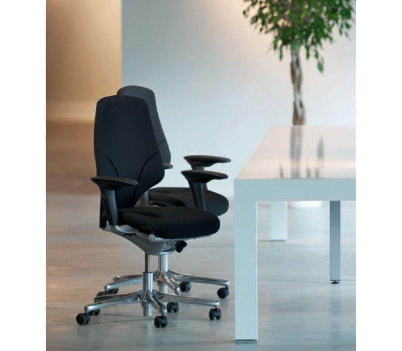 Giroflex 64 bureaustoel