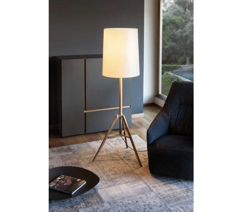 Tripod lampadaire