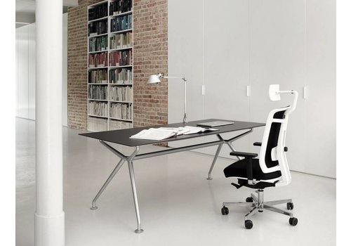 Wagner W-table in Chocolate brown glas