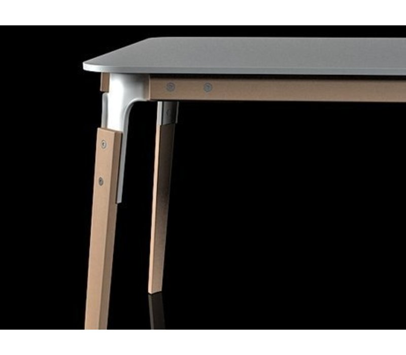 Steelwood table 90cm