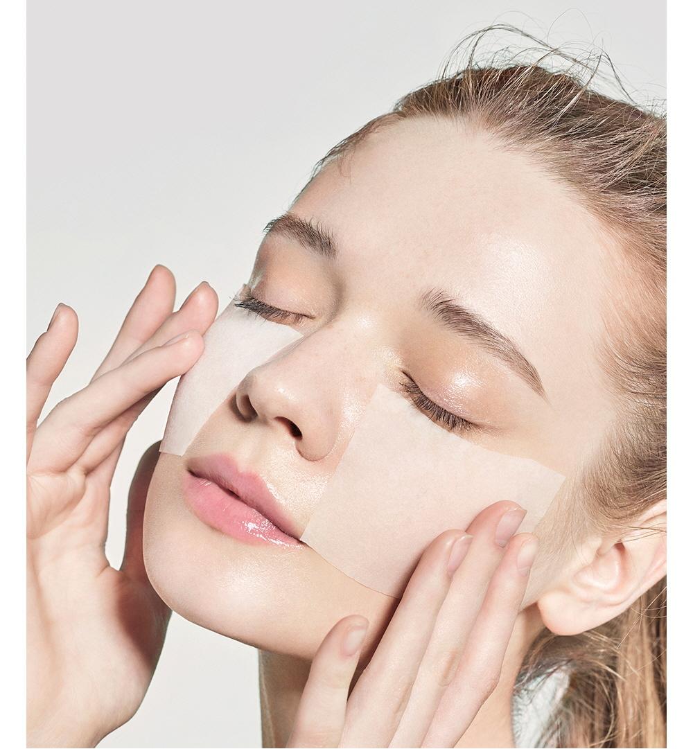 Refresh AHA BHA VitaminC Daily Toner-8