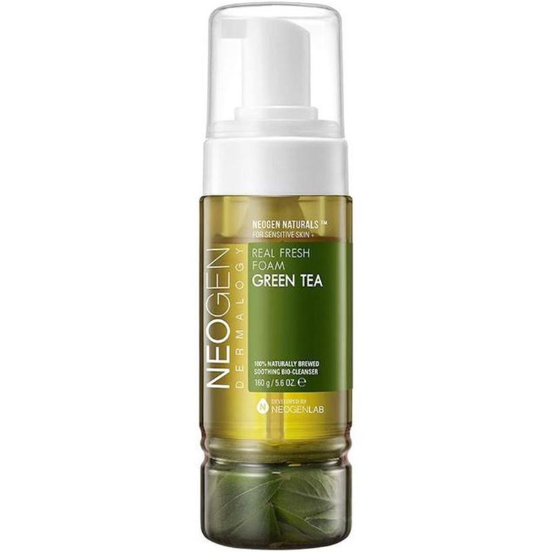 Real Fresh Foam Cleanser Green Tea-1