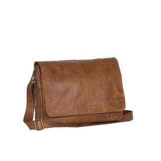 Chesterfield 'Richard' Cognac - C48.055231,  Wax Pull Up Collectie