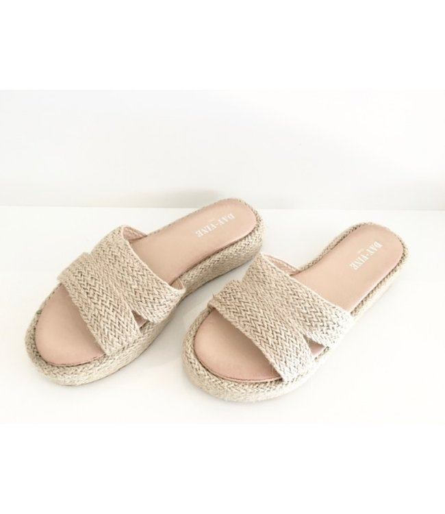 SUMMER WEDGE SLIPPER NATURAL