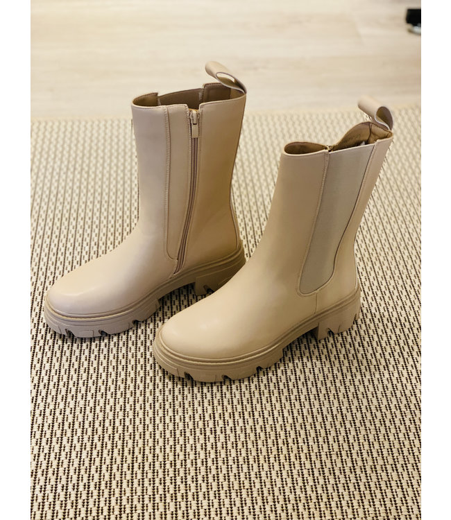 NELL BOOTS B