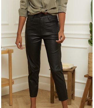FAUX LEATHER  MOM JEANS