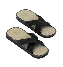 sandalen van rijststro