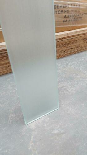 Linea Uno MAT 8mm Glasplattenglas 10 x 200 cm - Copy