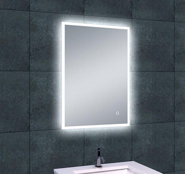 Wiesbaden Quatro-Led dimbare condensvrije spiegel 70 x 50 cm
