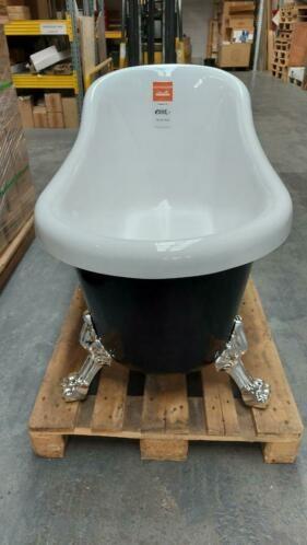 Linea Uno OP=OP Klassieke badkuip Norman 170x75x72cm zwart met pootjes €395