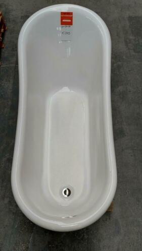 Linea Uno OP=OP Zwart ligbad met leeuwenpootjes 170x74x75cm €345 bad nr367