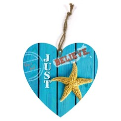 heart-shaped wooden wall sign)/hartvormig  houten wandbord met de tekst: Don't fear, just believe