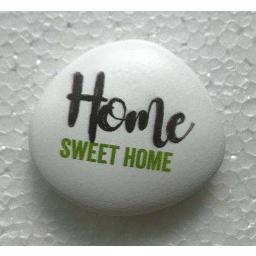 Siersteen 3 ong. 100 gr. en 6x7x2 cm. Met de tekst: Home sweet home