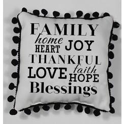 Kussen, polyester, ong. 50 gr. en 23x20x12 cm. Met de tekst: family, home, heart, love, faith, hope