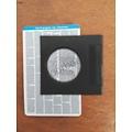 Johannes evangelie op een creditcard, met loep. (Ned.)