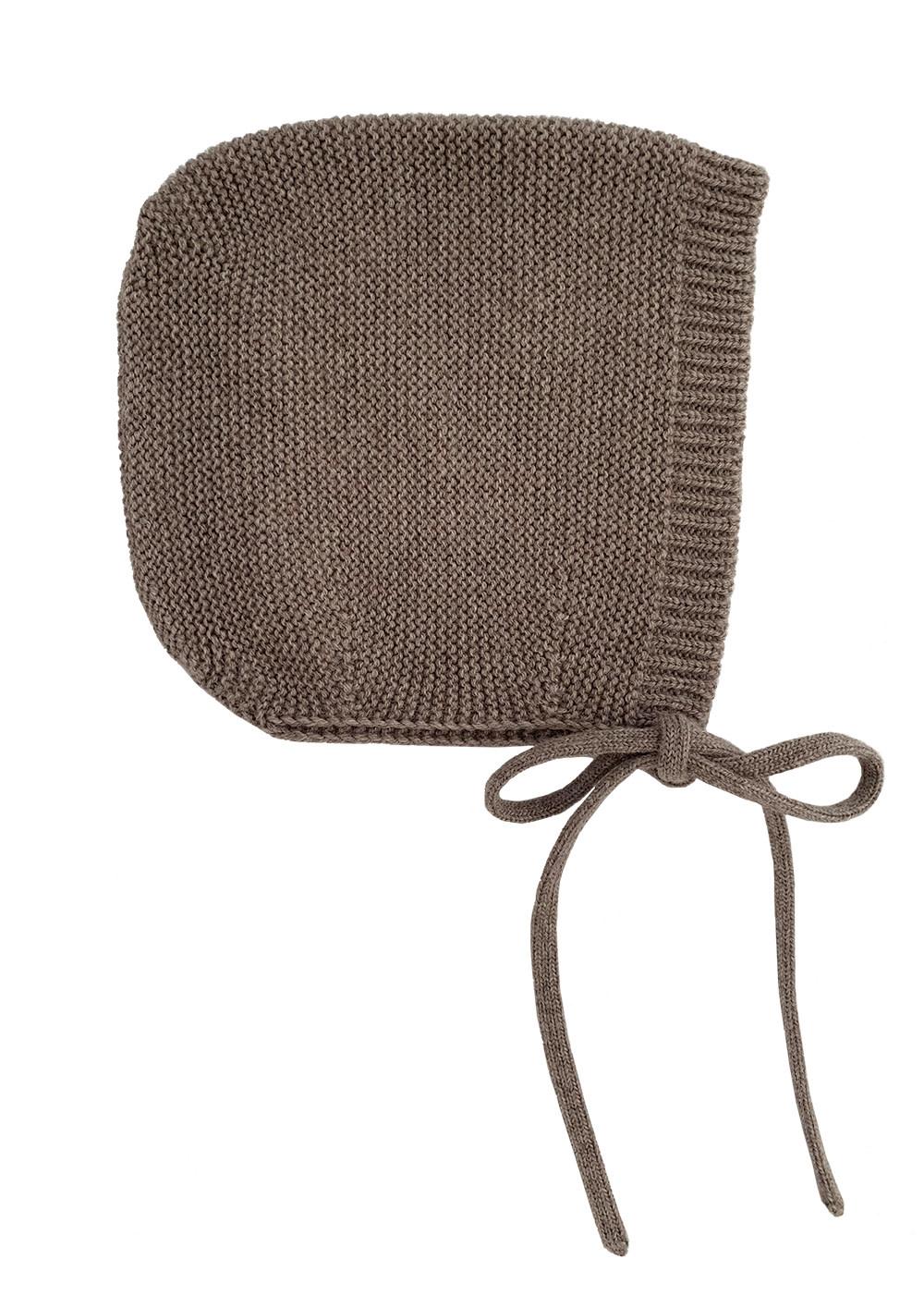 Bonnet dolly otter-4