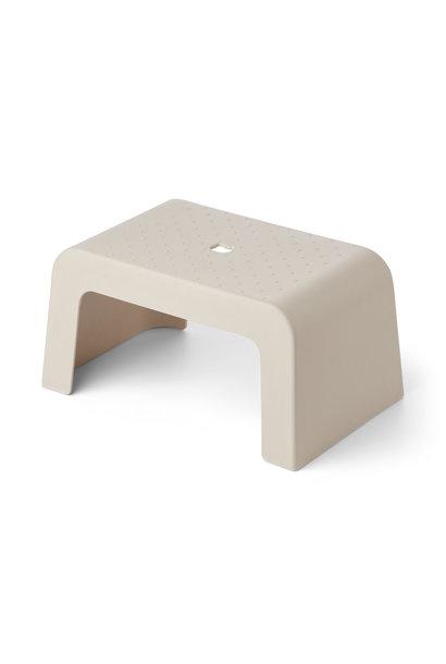 Ulla step stool sandy