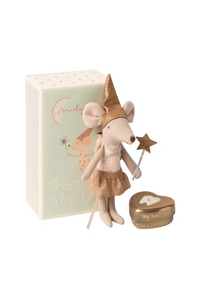 Tooth fairy mouse in matchbox, big sister