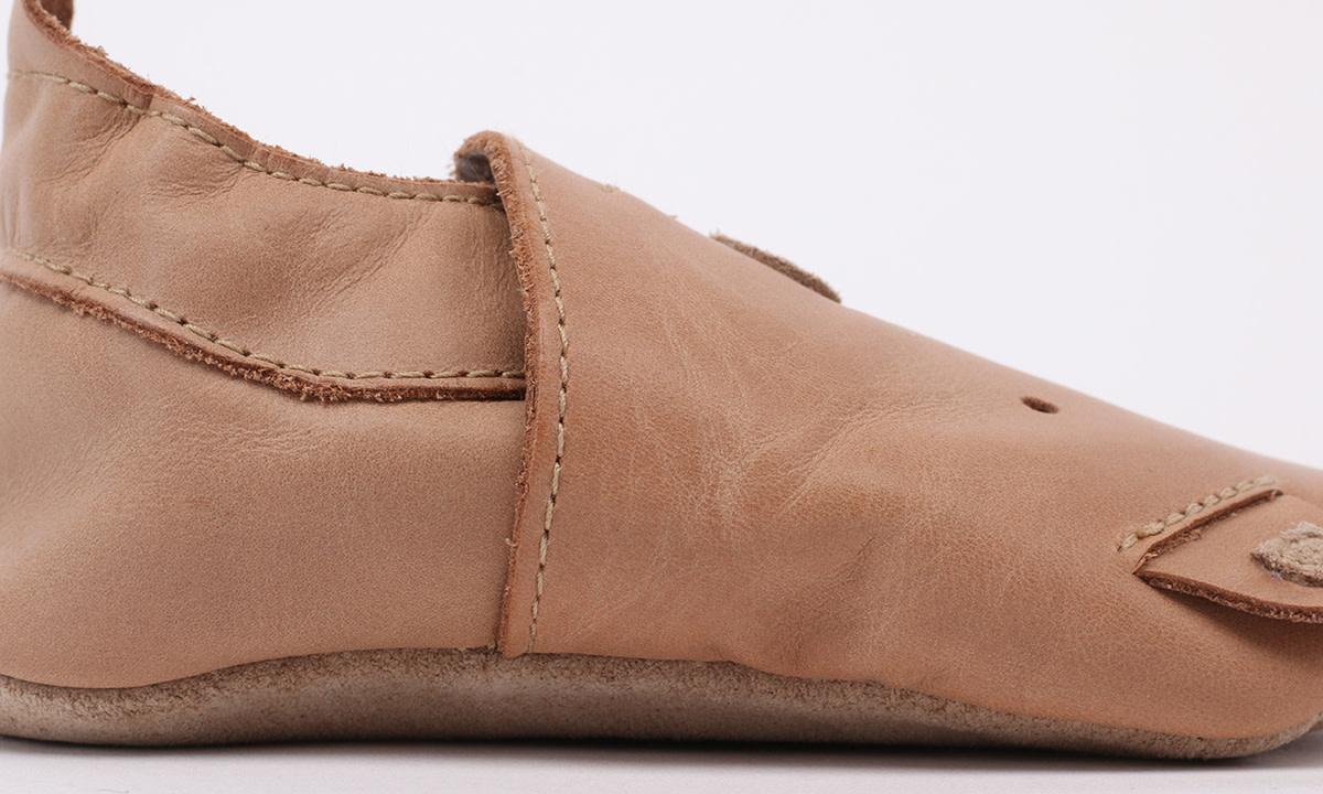 Soft soles caramel woof-3