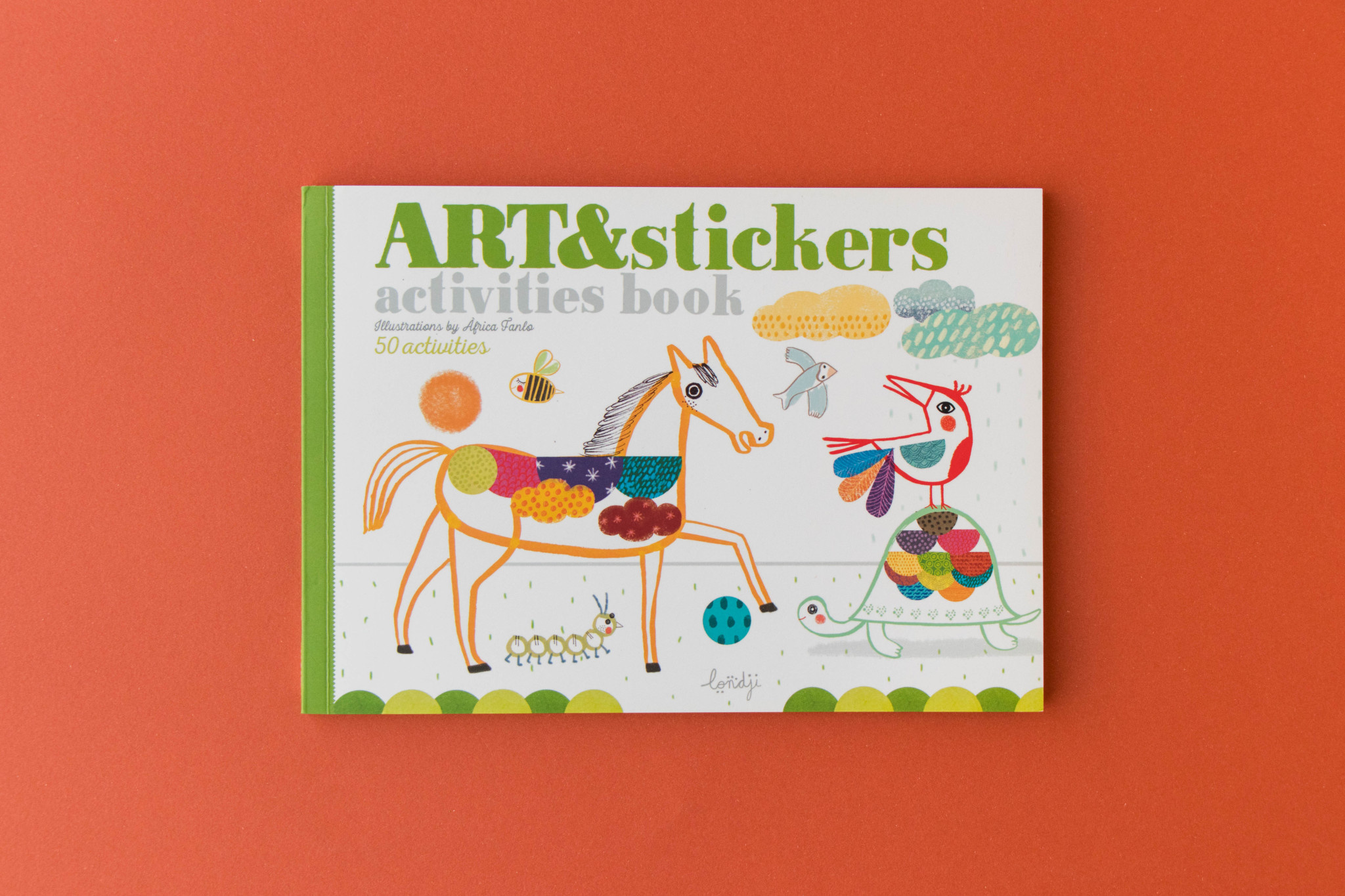 Activities book art & stickers-11