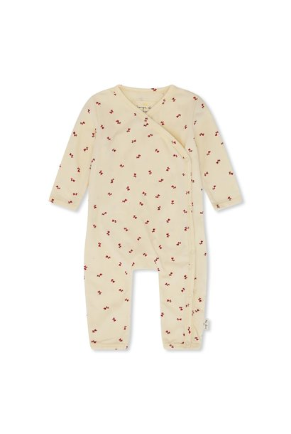 Newborn onesie petit biscou