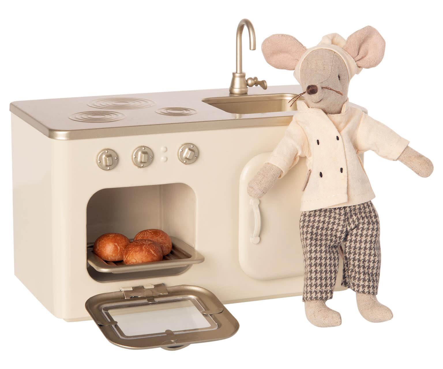 Miniature kitchen-3