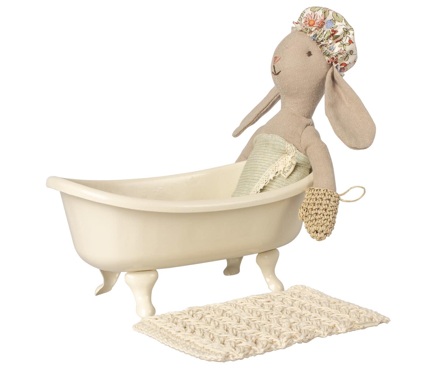 Miniature bathtub-3