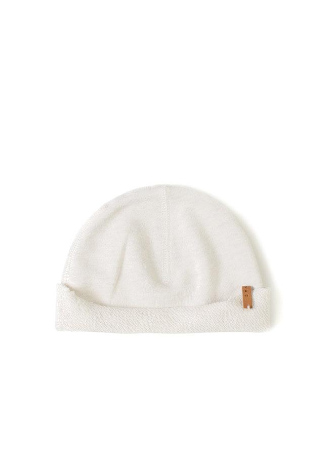 Nixnut | born hat | dust