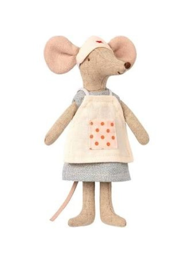 Maileg | nurse mouse