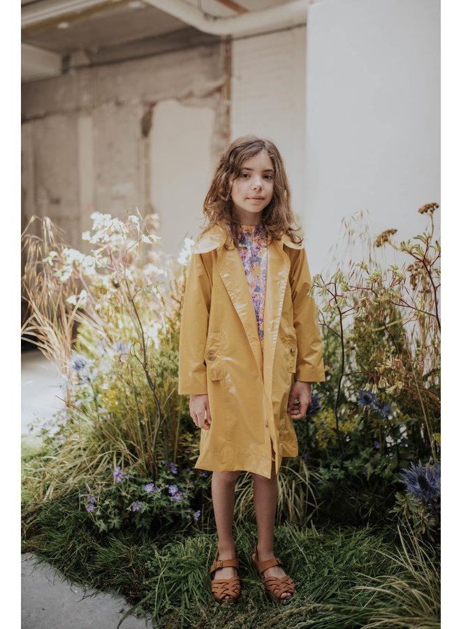 Repose AMS | raincoat | warm custard yellow