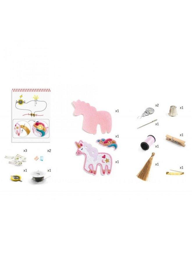 Djeco | knutselpakket kunst en techniek | broche unicorn
