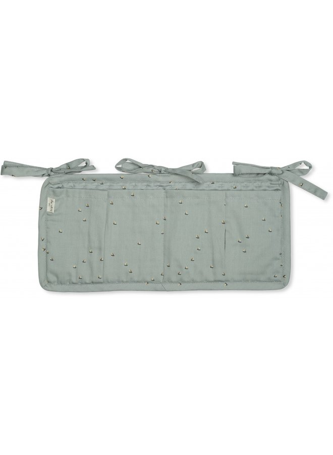 Konges Slojd | quilted bed pockets | mille marine french blue