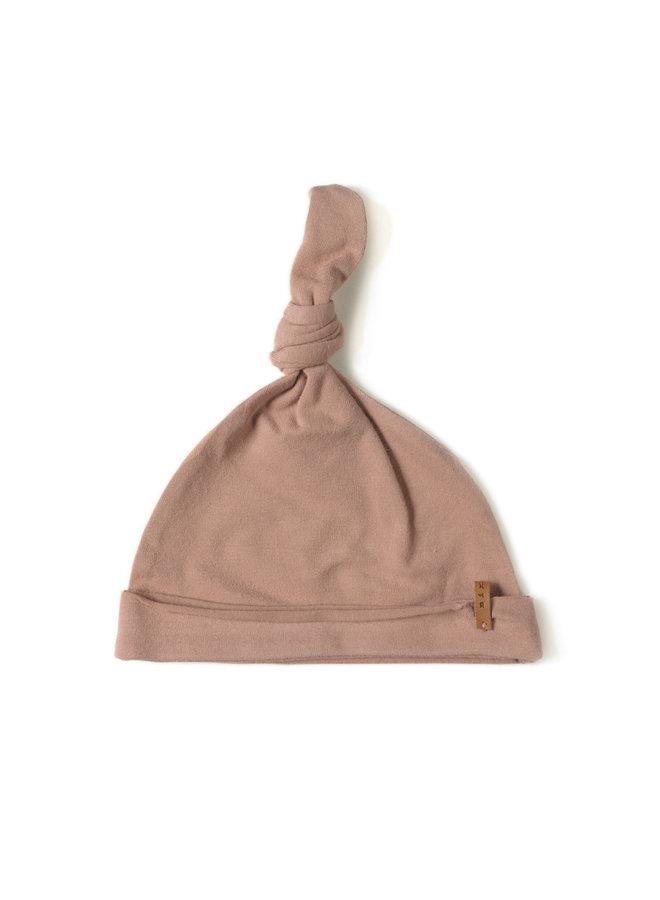 Nixnut | newbie hat | lychee