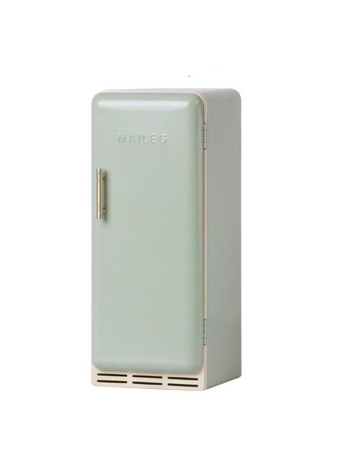 Maileg | miniature fridge | mint