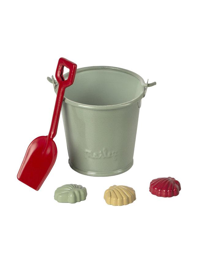 Maileg | beach set | shovel, bucket & shells