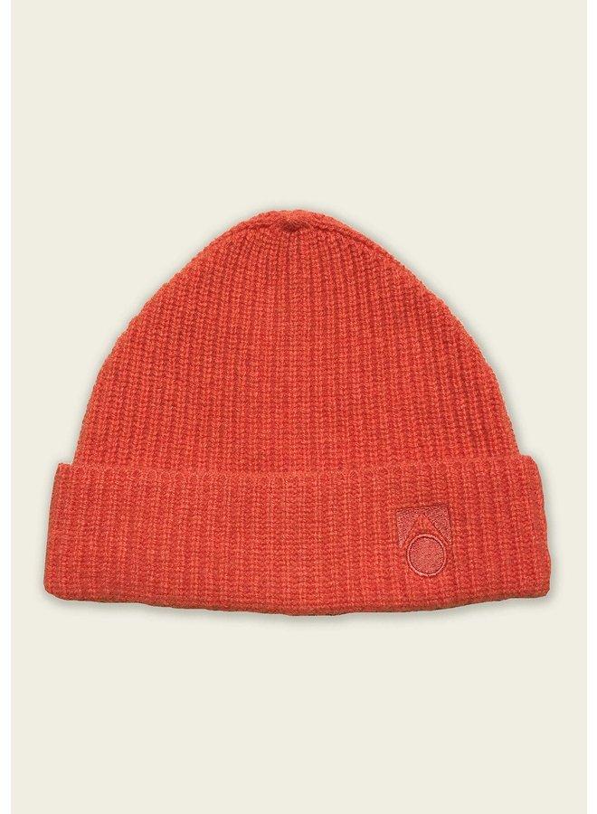 Main story   knitted beanie   orange